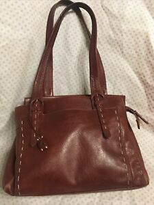 Beautiful Genuine Radley large Tan  Leather shoulder bag Handbag