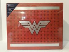 WONDER WOMAN Deluxe Stationary Set