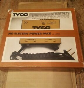 Vintage TYCO HO Scale Electric Power Pack #899V in Original Box