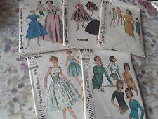 5 x Vintage simplicity ladies sewing patterns 6138/3002/1354/3813/4976