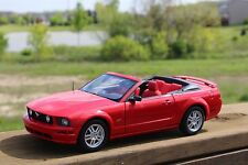 1/18 AutoArt 2006 Mustang GT Convertible WITH BOX