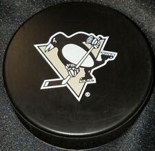 PITTSBURGH PENGUINS MOLSON CANADIEN NHL LNH CZECH REPUBLIC OFFICIAL HOCKEY PUCK