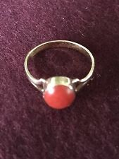 Antique 18 K Gold Red Coral Ring