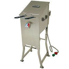 Bayou Classic 4 Gallon Stainless Steel Propane Deep Fryer 2 Baskets Regulator