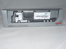 herpa 932578 Sondermodell MB Actros Gigaspace mit 20ft. Container auf 40ft. C...