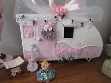 SHABBY CHIC VICTORIAN PINK VILLAGE CHRISTMAS HOUSE SANTAS CAMPER Roses Lace