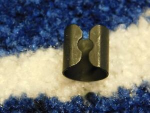 FORD CORTINA MK3 MK4 MK5  THROTTLE CABLE RETAINING CLIP NEW GENUINE FORD
