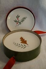 """CRATE & BARREL """"SPRIGS"""" DESSERT PLATES IN BOX OF 4 HOLIDAY DINNERWARE"""