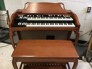 Hammond organ A102, Very Clean, One Owner! B3 Features!