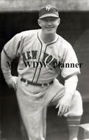 Vintage Photo 60 - New York Giants - Gabby Hartnett