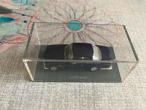 Voiture Miniature Iso Rivolta GT Neo Scale Models Bleu Violet 1961 au 1/43
