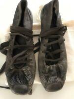 Malloni - Italian Ballerina Kitten hill leather shoes .