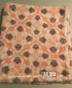 """Blankets & Beyond Soft Pink Owl Baby Blanket Grey White Plush 30""""x28"""" And VGUC"""