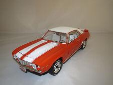 "Ertl/American  Chevrolet  Camaro  ""1969""  (orange/weiß) 1:18  ohne Verpackung !"