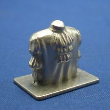 Scene It? Seinfeld Edition Puffy Shirt Replacement Token Mover Part Pawn Piece