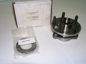 Front Wheel Hub & Bearing NEW for Chevy Cavalier Pontiac Grand Am Buick Olds