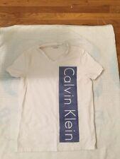 Calvin Klein S/P Men T-shirt V Neck