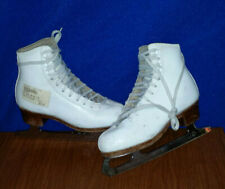 New listing Youth's 1.5 A Leather Figure Ice Skates Sp Super Teri C146272 Scuffed Good Used