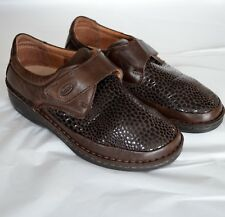 Scholl Womens 38 US 7 - 7.5 Shoes Loafer Wedge Heel Brown Croc Stretch Walking