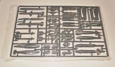 ACADEMY F/A-18D NIGHT ATTACK 12103 PARTS *SPRUE Q x 2-MISSILES+BOMBS* 1/32