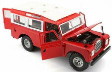 bburago 1:47 con Vitrina Land Rover Defender 110 Gris Plata