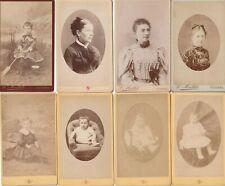 RARE LOT DE 8 PHOTOS DE FAMILLE GARÇON en  ROBE JOUET CDV  L MAILLET à AUXERRE