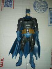 DC UNIVERSE S3 Select Sculpt Gray Batman Justice League