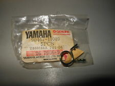 NOS OEM Yamaha EW643 GP292 GP433 GPX433 GPX338 Pipe Clip 90467-11009