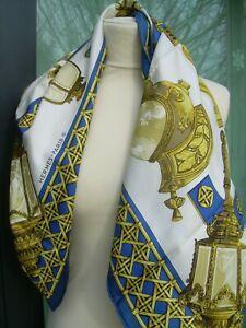 """Ancien foulard HERMES """"FEUX DE ROUTE """" en soie TBE silk scarf"""
