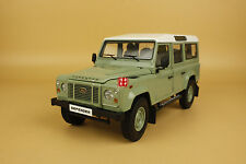 1:18 Dorlop NEW Land Rover Defender 110 Heritage green color + SMALL gift