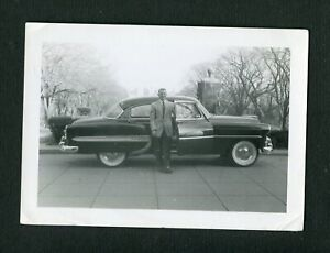 1953 CHEVROLET Chevy CAR & Man Vintage Photo 462132