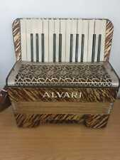 More details for vintage alvari accordion please see pictures very good condition with case