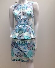 Keepsake The Label sz XS 6- 8 Green Floral Print Stretch Peplum Dress NEW