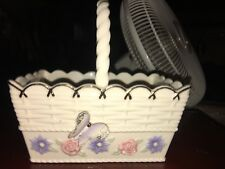 Nice Lenox Woven Basket With Handle Flowers & Raised Butterfly