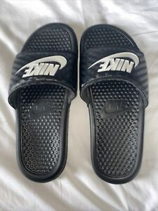 Womens Nike Beach Sliders Size 4.5