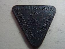 W. Ellis & Son 2 Shillings Triangle Token Spitalfields 10 Fergival Limited (6532