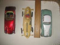 Macchina Latta 2 pezzi e 1 in plastica vintage