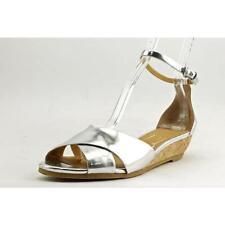 Sandali e scarpe da mare