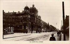 Ilford. The Town Hall.
