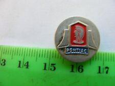 PONTIAC...nice pin  badge,enamel on badge metal,1960s.Used.