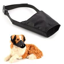 Muselières noirs en nylon pour le dressage des chiens
