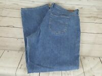 Lee Blue Wash Relaxed Straight Leg at the Waist Women Jeans Size 16 Medium