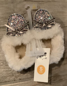 Cat & Jack Little Girls Size Small 5 6 Sparkle Fuzzy Moccasin Slipper Shoes NEW