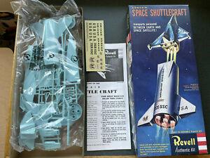 Revell Convair Space Shuttlecraft plastic model kit 1996 Complete Rocket