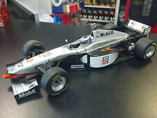 Minichamps McLaren Mercedes MP4-12 1997 1:18 #9 Mika Hakkinen (zonder doos)