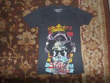 GLAMOUR KILLS STAY FRESH QUEEN CROWN GRAY T SHIRT SIZE XS