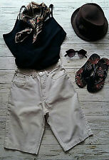 Vintage High Waisted Cream 901 LEVI'S STRAUSS Festival/Summer Shorts. Size W27.