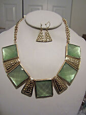 Lt Green Mint Square Lucite Bead Hammered Gold Tone Base Necklace Earring Set