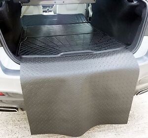 Boot liner load mat or bumper protector BMW G30 5 series saloon natural rubber