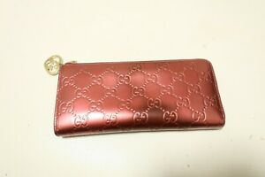 Authentic GUCCI Patent Leather Zip Around Wallet #7638